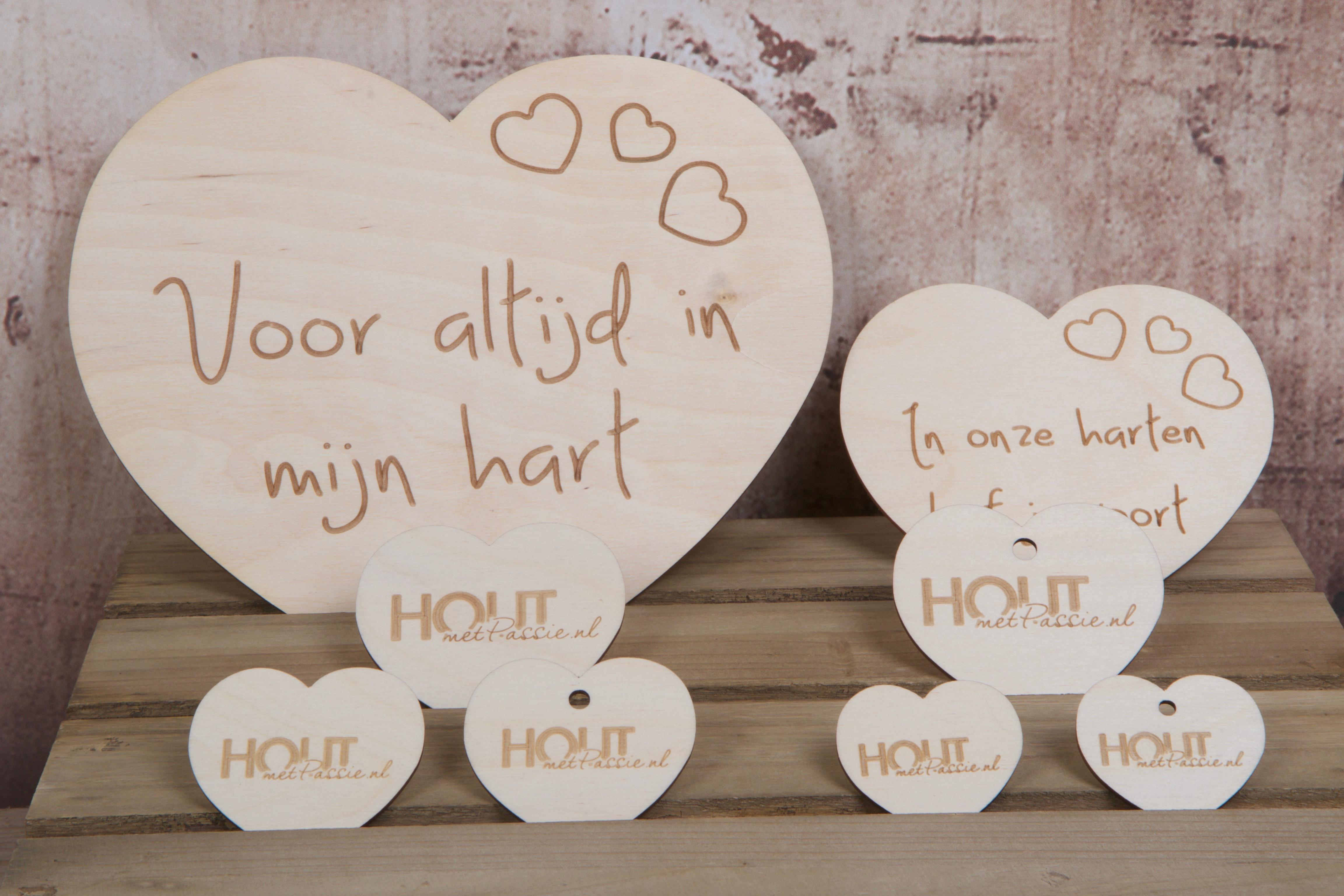 houtmetpassie-uitvaartbegeleiding-condoleance-gedenken-nazorg-Heemstede-boeken-opengeslagen-12